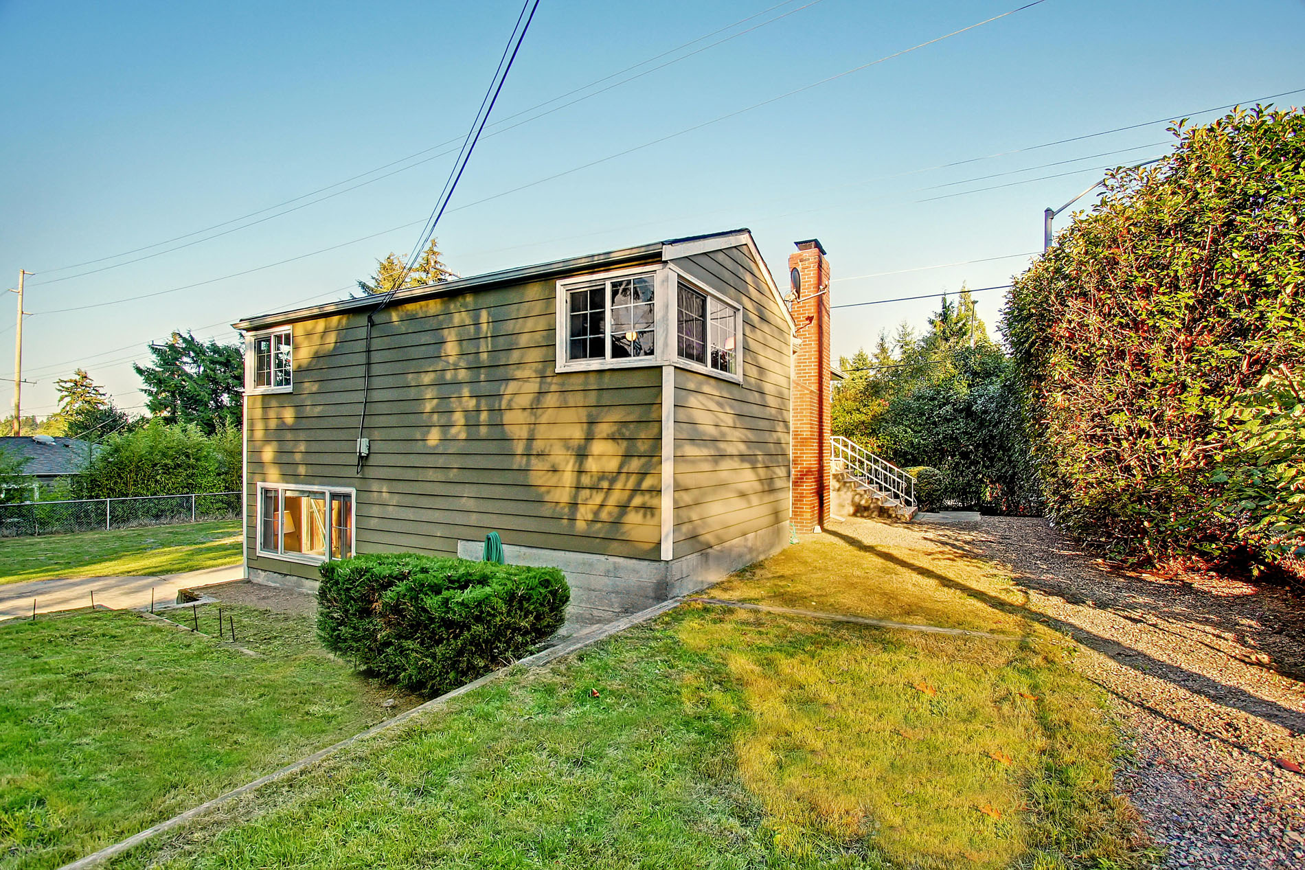 Shoreline-Home-for-Sale-34953_18