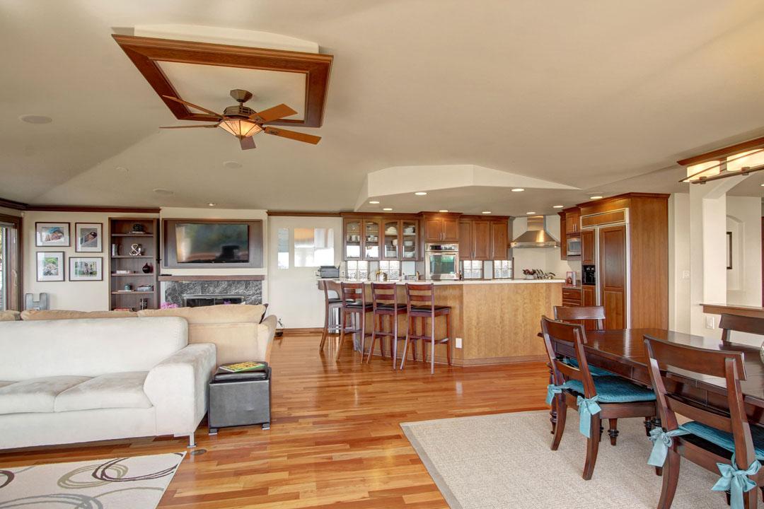 Blue-Ridge-Neighborhood-Home-for-Sale-Seattle-33171_15_1