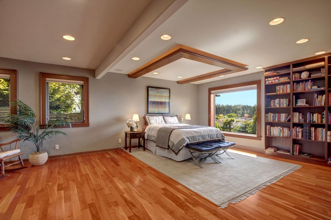 Blue-Ridge-Neighborhood-Home-for-Sale-Seattle-33171_8_2_1
