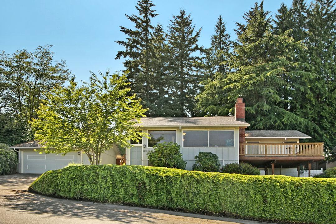 Bryn-Mawr-Skyway-Neighborhood-Home-for-Sale-Seattle-33539_18