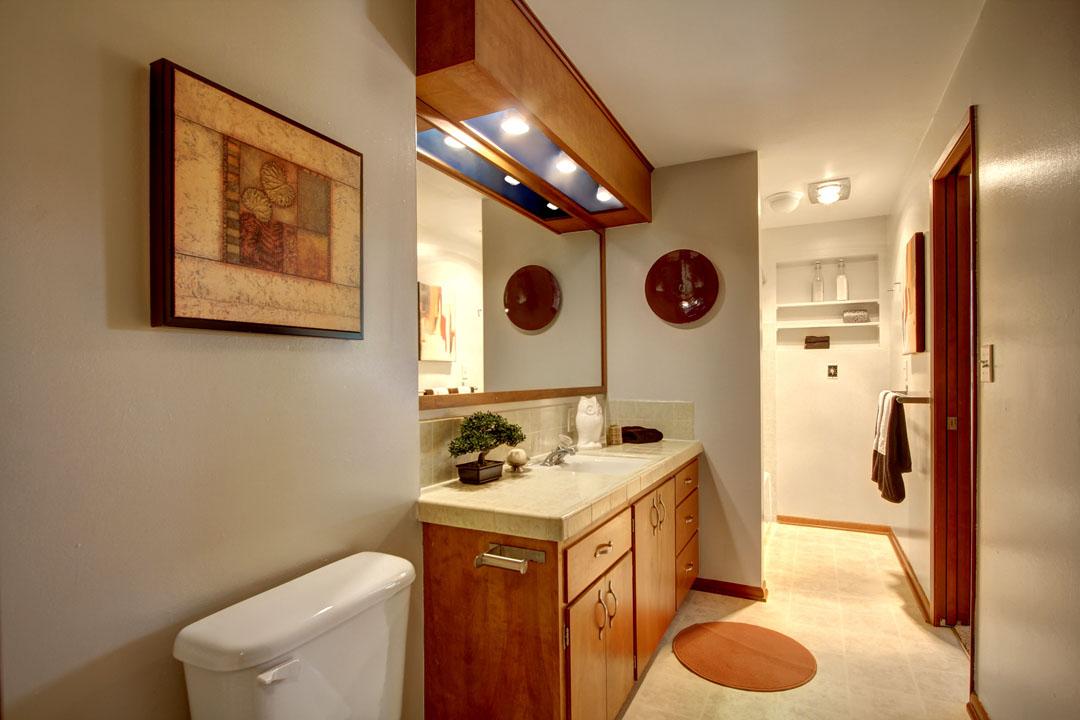 Bryn-Mawr-Skyway-Neighborhood-Home-for-Sale-Seattle-33539_7_1