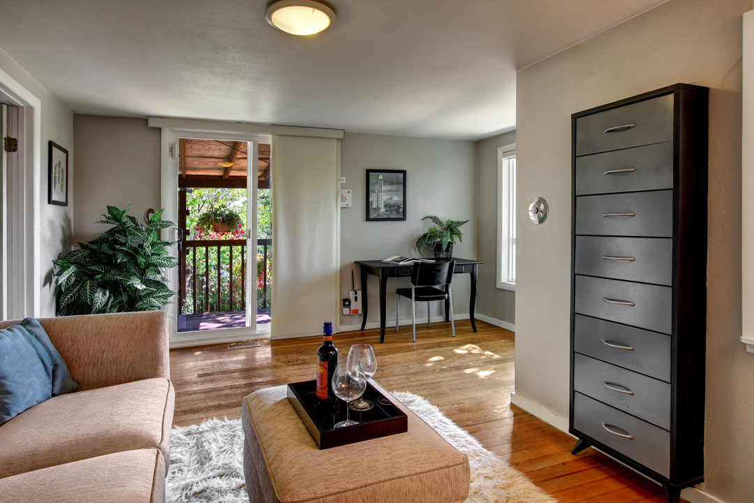Highland-Park-Home-for-Sale-Seattle-34006_3_1